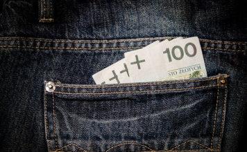 Jak pożyczyć pilnie pieniądze w weekend?