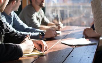 3 powody, dla których warto korzystać z outsourcingu kadr